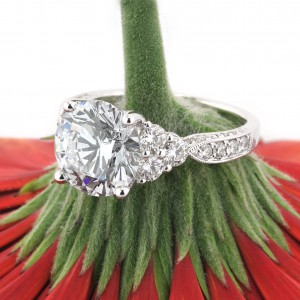 Round Brilliant Engagement Rings | Mark Broumand
