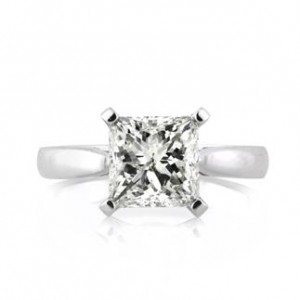 Reverse tapered solitaire princess cut diamond engagement ring | Mark Broumand