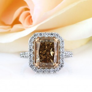 5.51ct Fancy Brownish Yellow Radiant Cut Diamond Engagement Ring