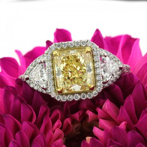 Radiant or Cushion Cut: Which Is Right for Me | Mark Broumand