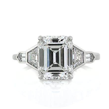 gia with jewellery trapeze emerald trapezoids diamond ring trapezoid cut engagement side sides stones flawless